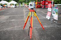 ハイブリッドな測量機器「Trimble SX10」
