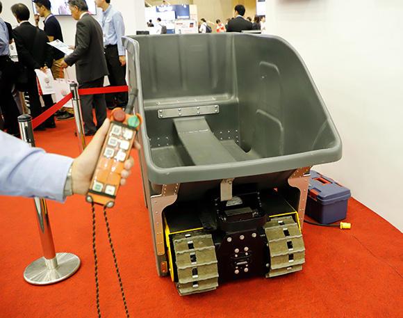 バッテリー式運搬車
