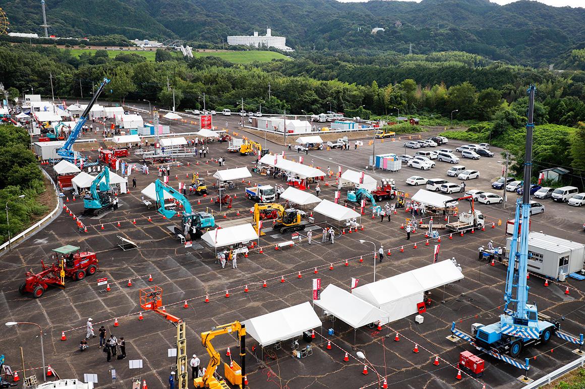 レンサルティングフェアin四国  i-Constructionに対応した最新の商品や話題の大型建機が集結