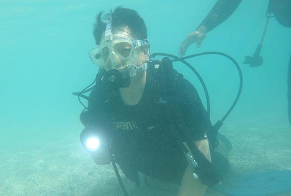 水中可視光通信装置「i-MAJUN(イマジュン)」