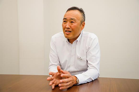 今回お話をうかがったアクティオ 技術部 部長の小林 宏さん。