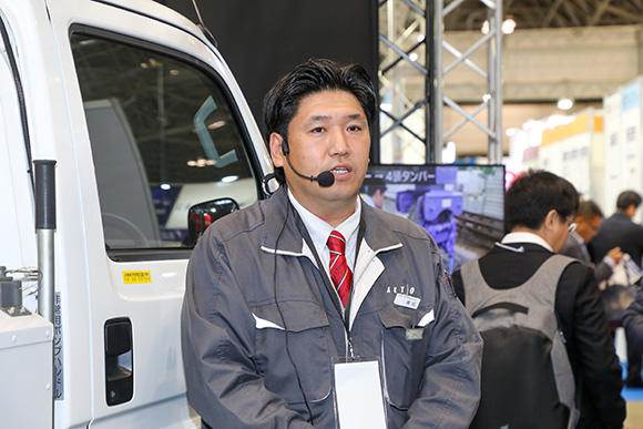 新型機種の説明は鉄道事業部 事業部長の黒田 大士さんが行った。