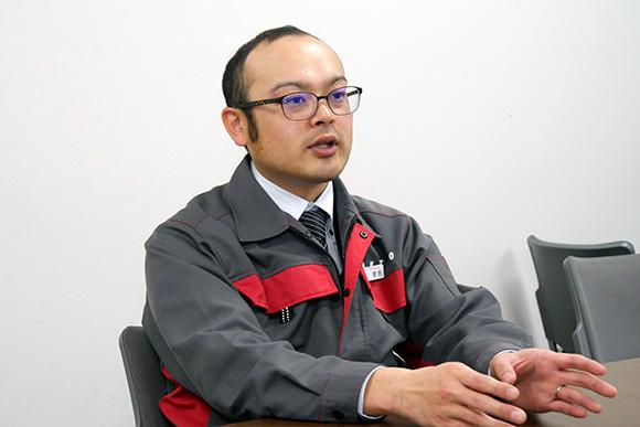 技術部の菅原伸生主事。分野を横断してさまざまなことにチャレンジできるのが、アクティオ技術部の魅力だと語る