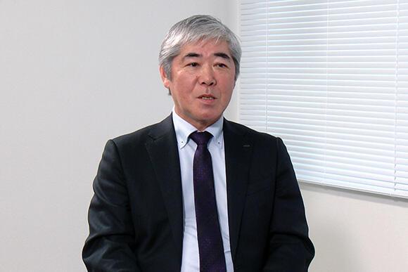 体験研修会について話す、技術部 技術相談室長の吉澤上席執行役員