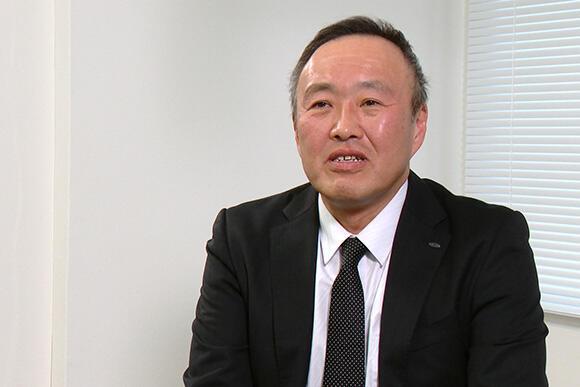 技術のスピードの速さを語る小林宏部長