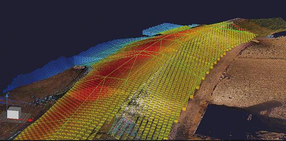ドローン写真測量データから3次元点群データを作成。3次元設計データをもとに施工数量や土量を算出する
