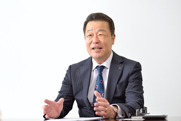 広域営業部・官公庁営業部担当 田仲浩一上席執行役員