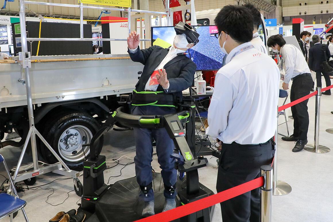 安全教育システム「Safety Training System VR of AKTIO高速道路安全教育編」を新開発